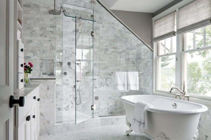 modernes-badezimmer-mit-toller-duschkabine