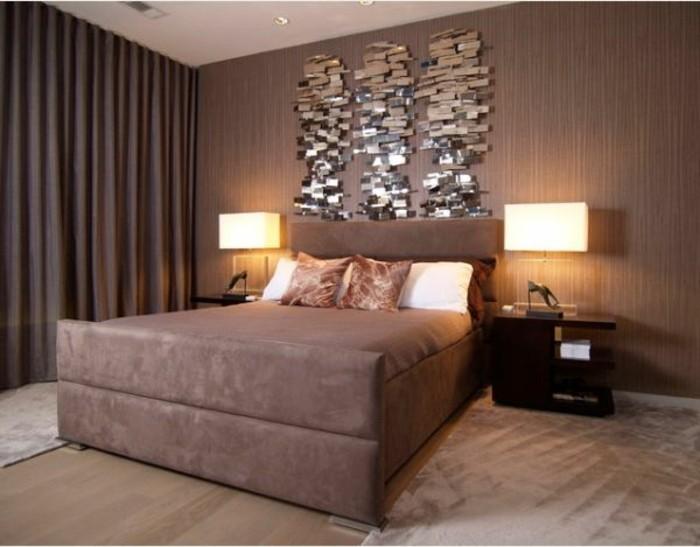 modernes-schlafzimmer-mit-modernen-nachttischlampen