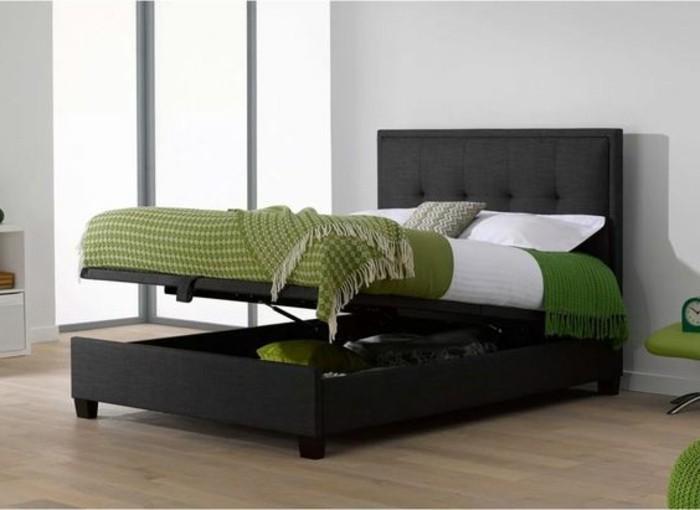 modernes-schlafzimmer-polsterbetten-mit-bettkasten-weiße-wände