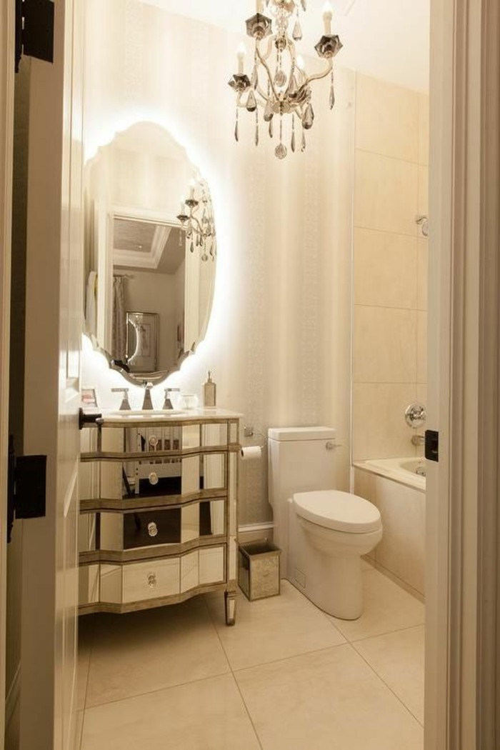 ovaler-spiegel-kreatives-modell-kronleuchter-waschtisch-selber-bauen