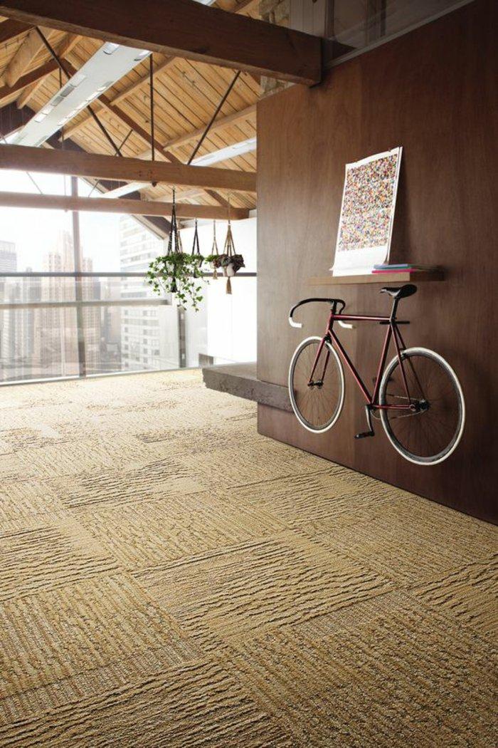 retro-Fahrrad-als-kreative-Wanddekoration