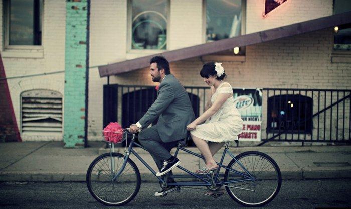 retro-Modell-Fahrrad-für-zwei
