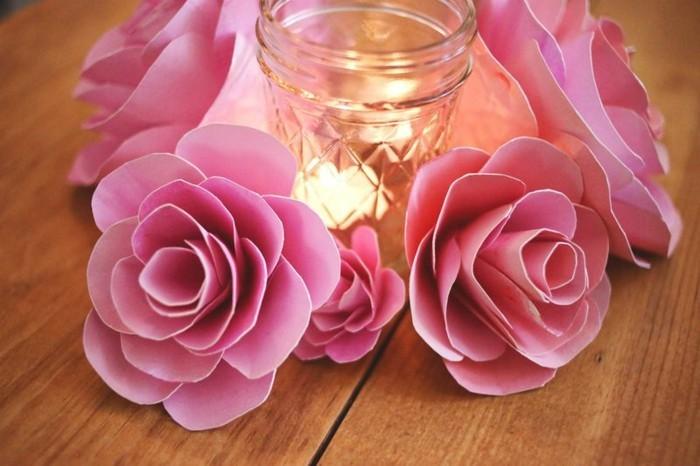 rosige-blumen-bastelideen-aus-papier-elegantes-aussehen