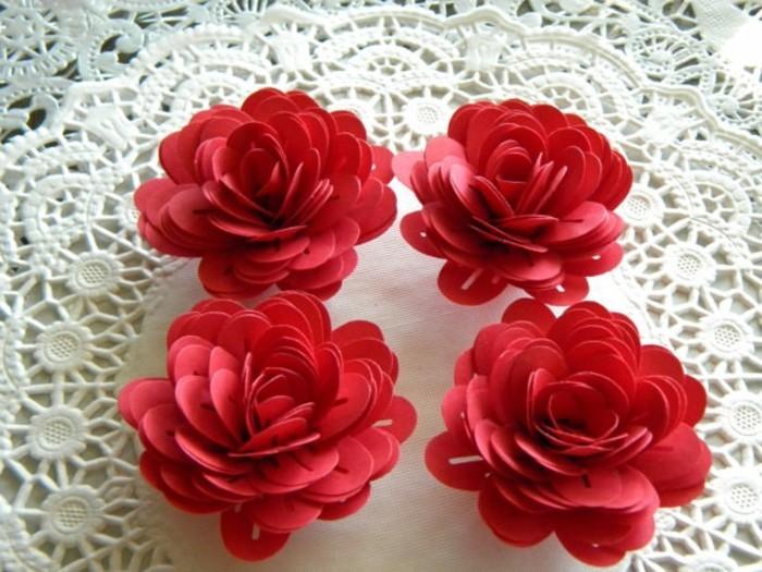 rote-blumen-aus-papier-machen-wunderschönes-modell