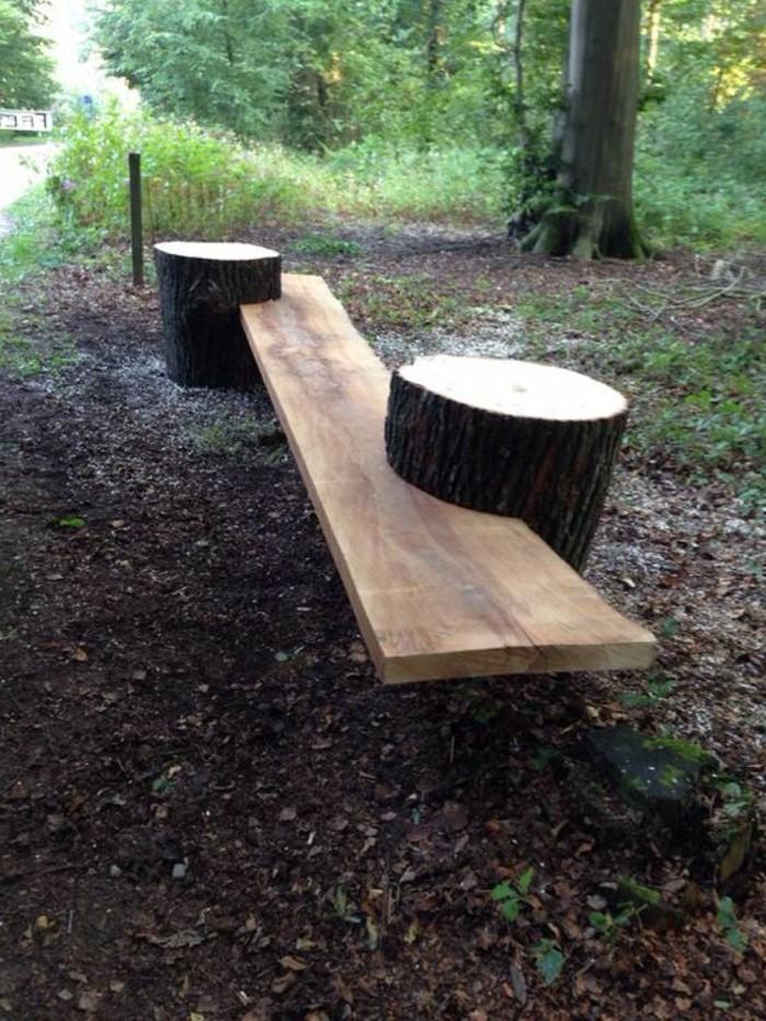 rustikale-Gartenbank-mit-stümpfen-DIY-Idee
