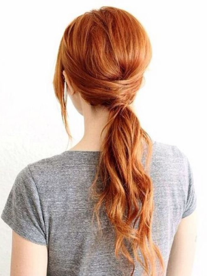 schöne-Frisur-für-frischen-Look-mit-Kupfer-Haarfarbe