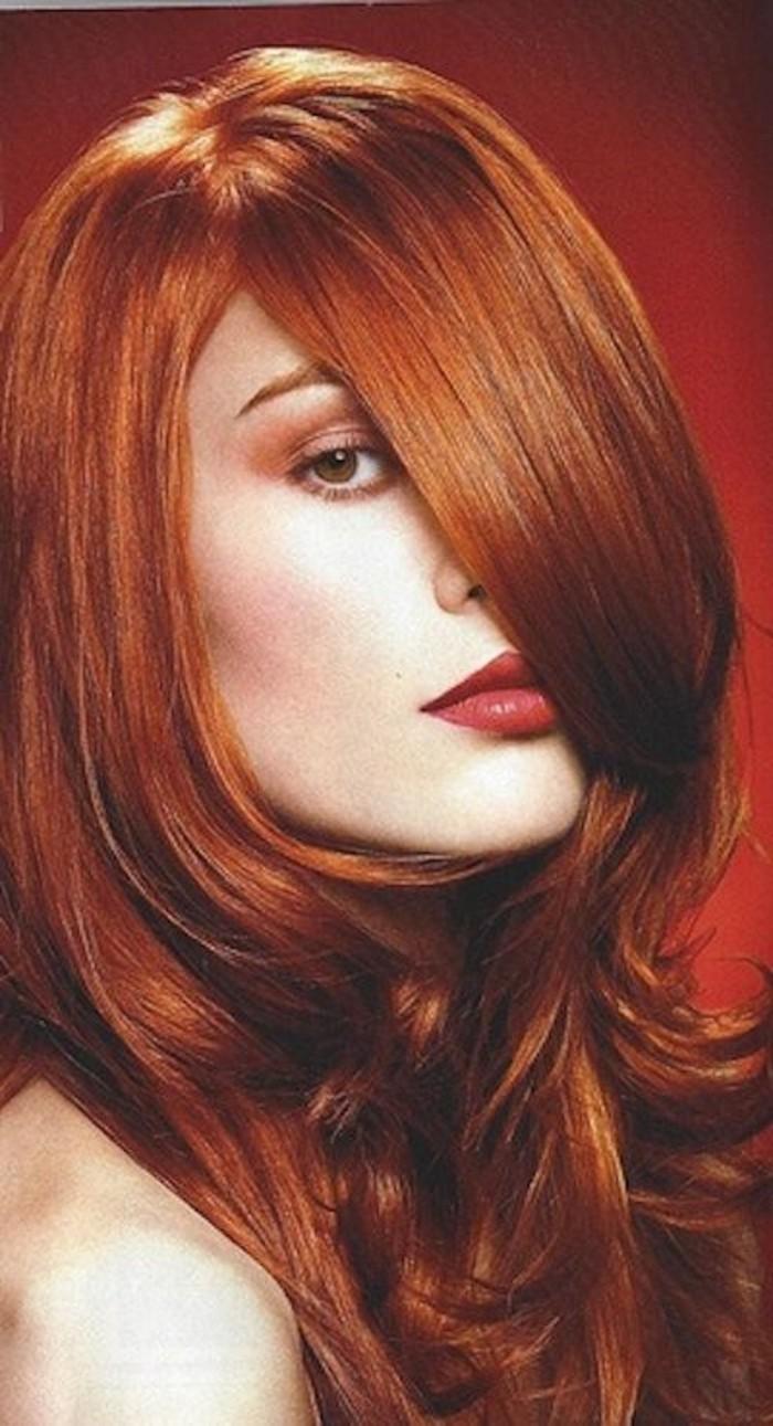 schöne-glänzende-Haare-mit-Haarfarbe-Kupfer