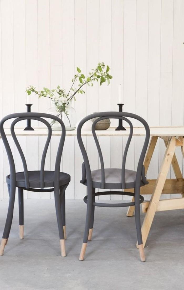 schöne-vintage-Stühle-mit-retro-Design