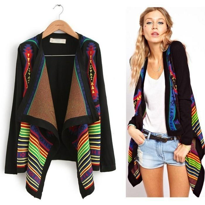 schickes-buntes-Modell-Kimono-Mantel