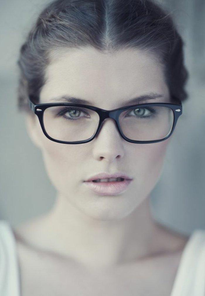 schwarze-Nerd-Brille-ohne-Stärke-schlichtes-Modell
