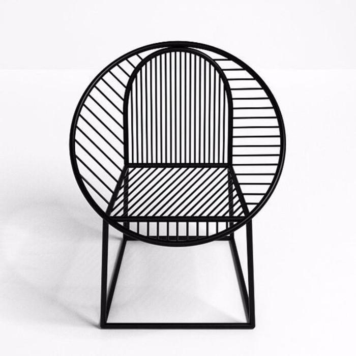 super-kreatives-Modell-Stuhl-in-schwarzer-Farbe