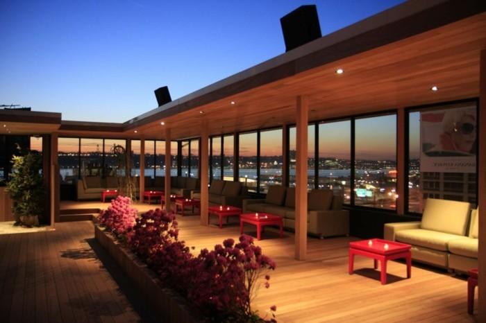 terrassengestaltung-ideen-moderne-deckenleuchten