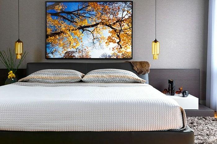 unikales-schlafzimmer-mit-modernen-und-schönen-pendelleuchten