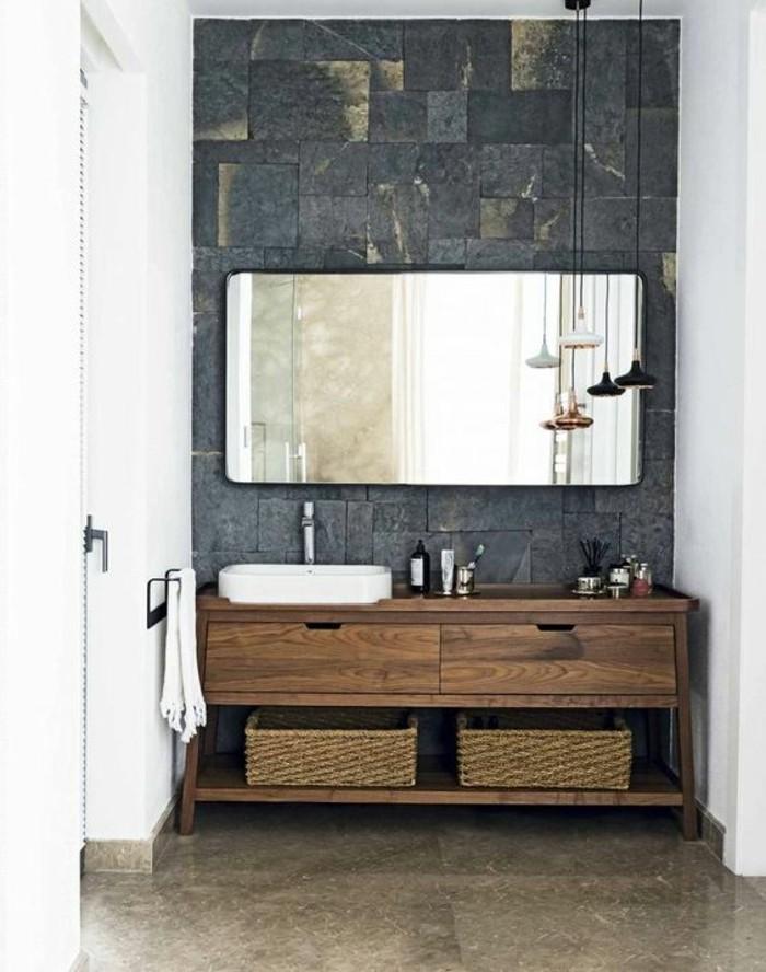 waschtisch-holz-großer-viereckiger-spiegel-im-bad