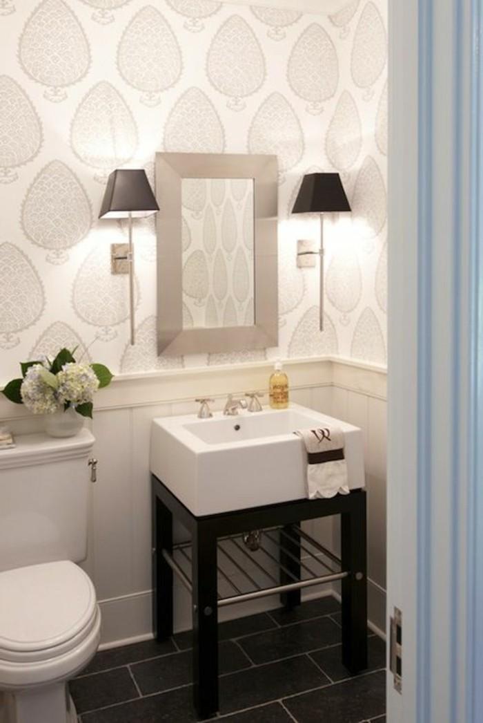 waschtisch-holz-weiße-badezimmer-ausstattunh