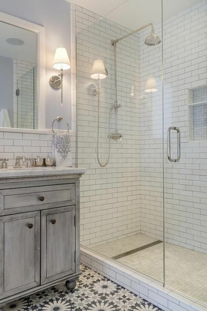 waschtisch-selber-bauen-gläserne-duschkabine