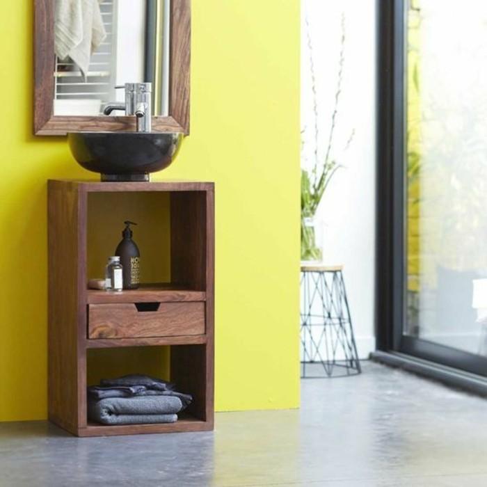 waschtisch-selber-bauen-hölzernes-modell-gelbe-wand