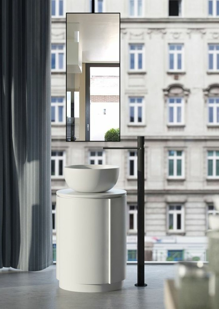 waschtisch-selber-bauen-unikales-badezimmer-gläserne-wände