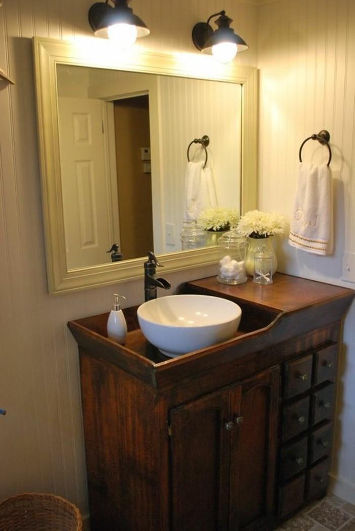 waschtischkonsole-selber-bauen-aus-holz-großer-badspiegel-und-badleuchte