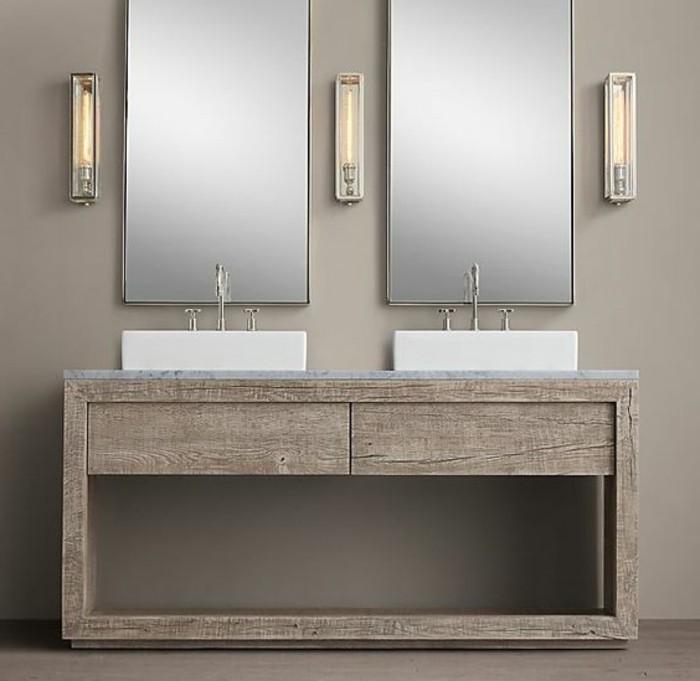 waschtischplatte-aus-holz-zwei-schöne-spiegel-an-der-wand-im-badezimmer