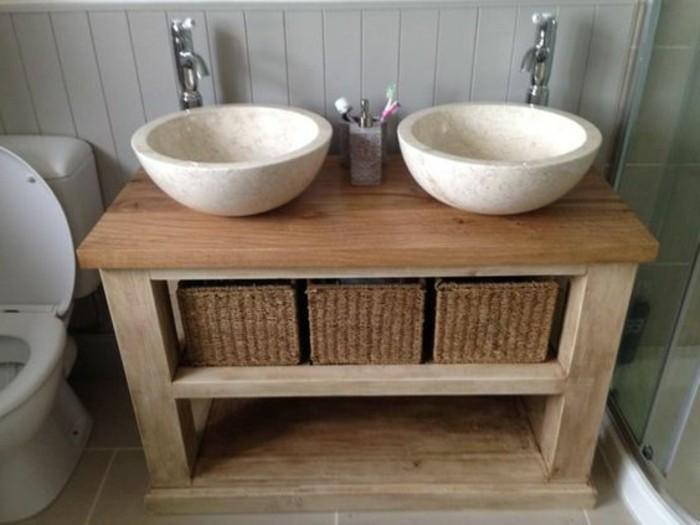 zwei ovale waschbecken - hölzerner unterschrank - im kleinen ...