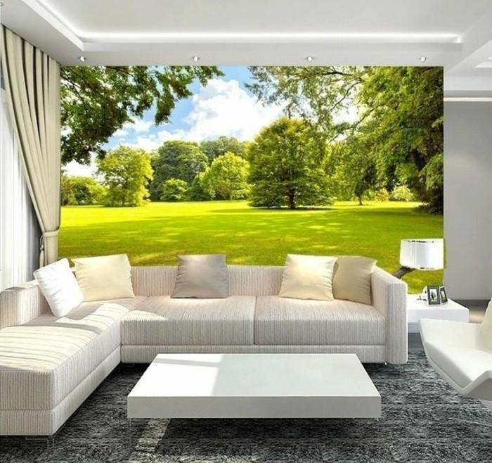 wunderschöne-fototapete-wald-weißes-sofa-im-wohnzimmer