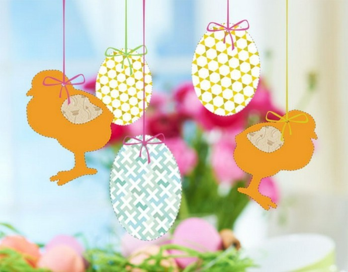 wunderschöne-hängende-dekorationen-aus-papier-ostern-inspiration