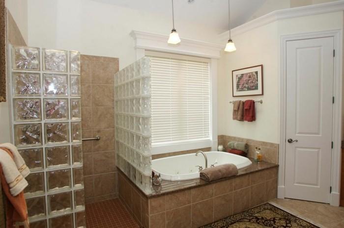 wunderschönes-design-walk-in-dusche-aus-glas