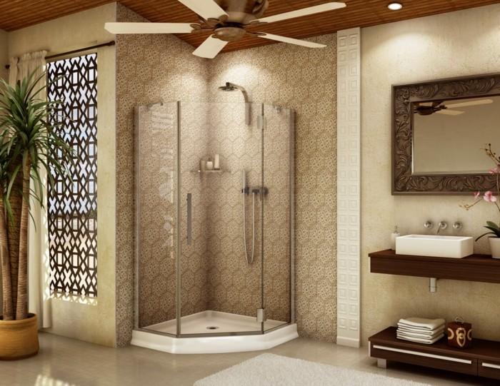 wunderschönes-modell-badezimmer-glaswand-dusche-beige-farben