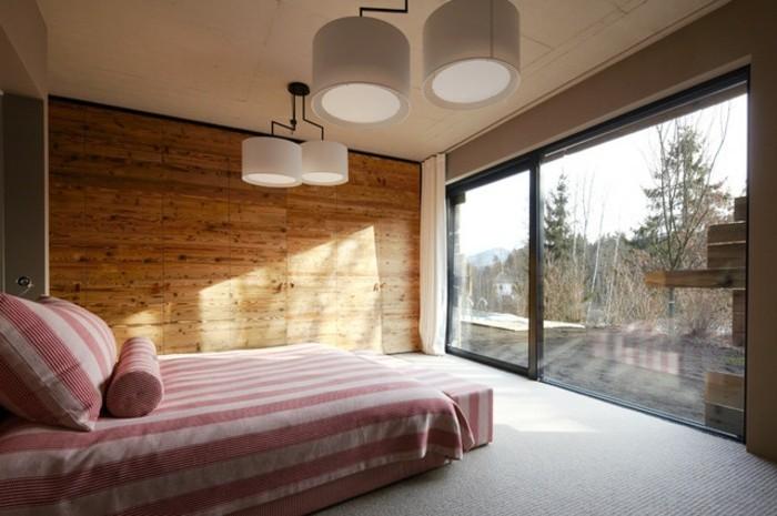 wunderschönes-modell-kronleuchter-im-effekvollen-schlafzimmer