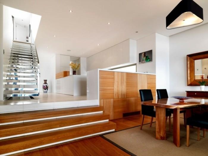 wunderschönes-wohnzimmer-vinylboden-und-moderner-kamin