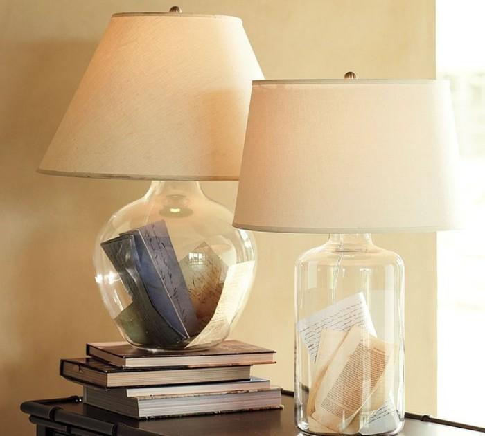 zwei-kreative-modelle-nachttischlampen-weiße-farbe-super-schlafzimmer