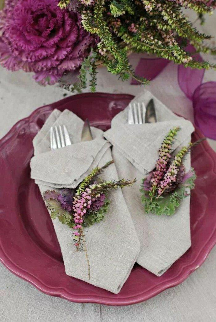 0-Leinen-Servietten-falten-mit-Frühlingsblumen-dekorieren