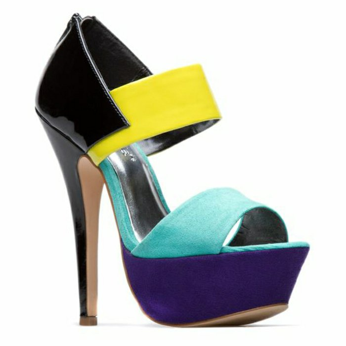 00-modernes-Modell-Sandaletten-in-grellen-Farben