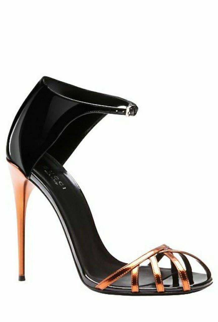 00-schwarzes-Modell-elegante-Damen-Sandalen-von-Gucci