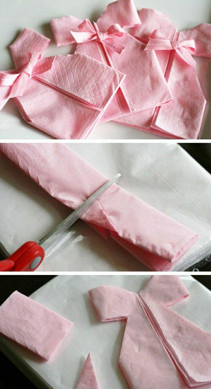 1-rosa-Papierservietten-falten-als-Mini-Kleider