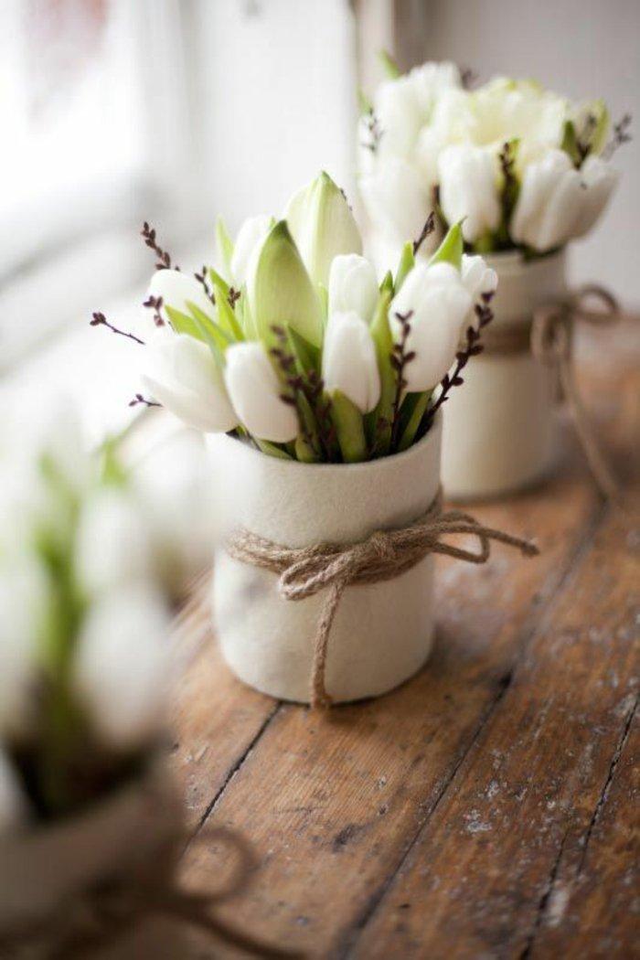 2-frische-Frühlingsbilder-Foto-von-weißen-Tulpen