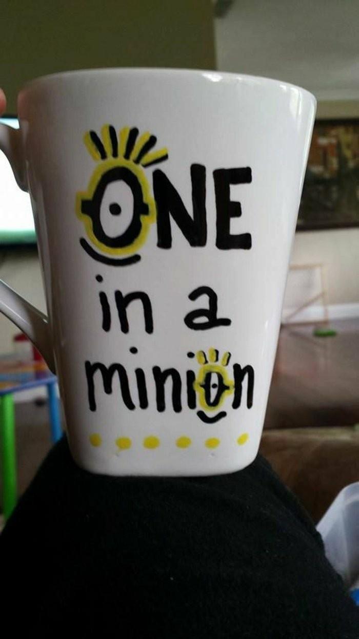 DIY-Mug-mit-Minions-Muster