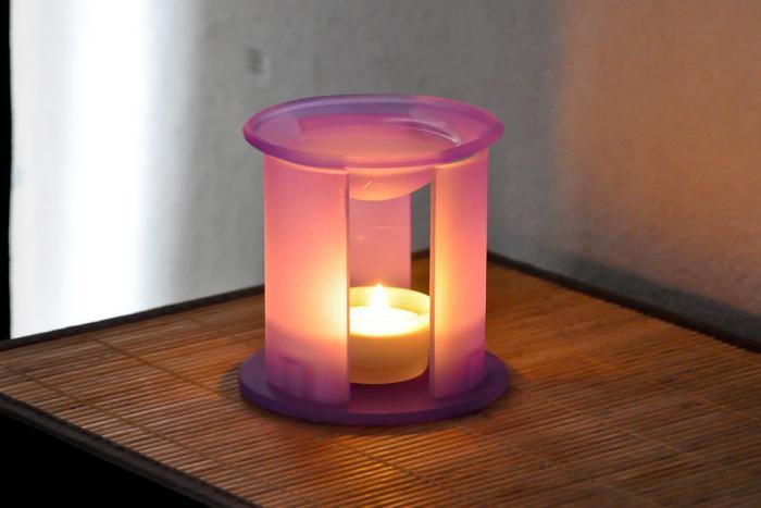 Teelicht-in-Glas-für-romantisches-Ambiente
