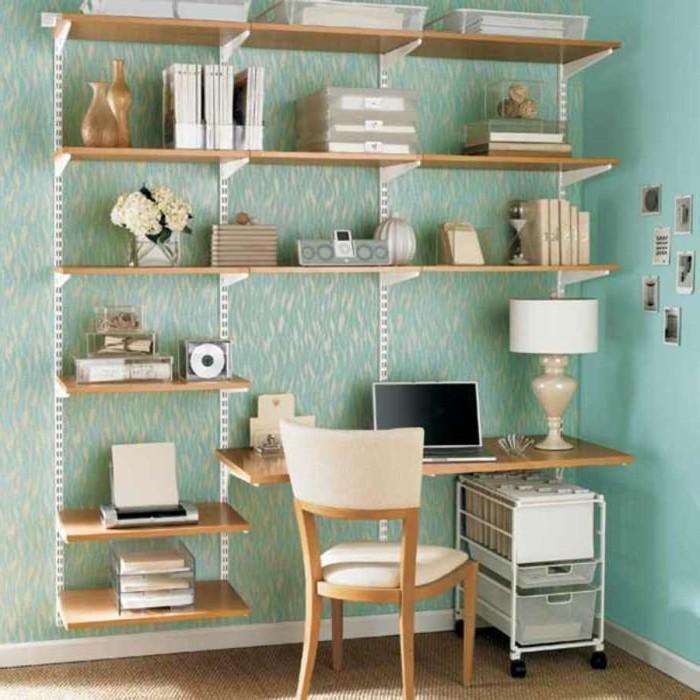 Einfaches-Büromöbel-Design-mit-hohen-Regalen