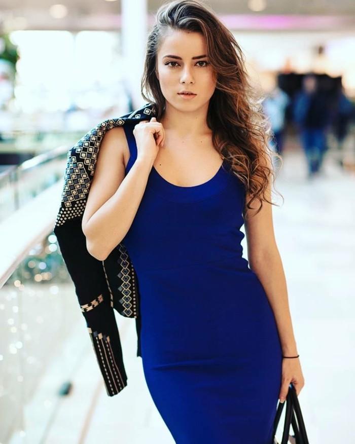 Elegante-Kleider-blau-jacket