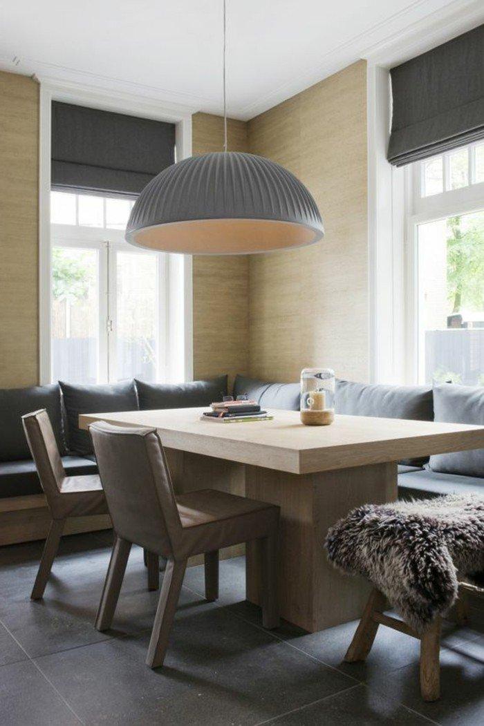 der esszimmertisch und sein platz unter den m beln. Black Bedroom Furniture Sets. Home Design Ideas