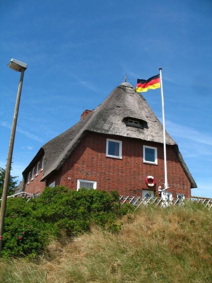 Ferienhaus-Sylt-mit-der-deutschen-Flage