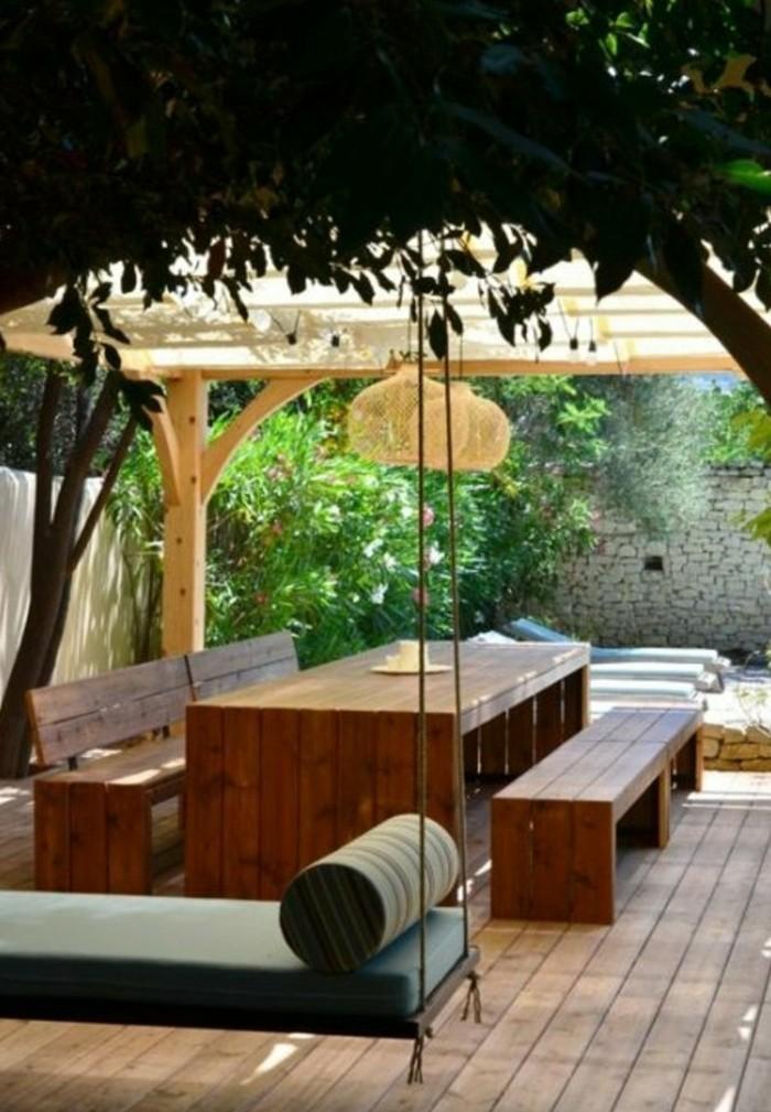 Garten-Hängematte-und-tisch-sitzbänke-
