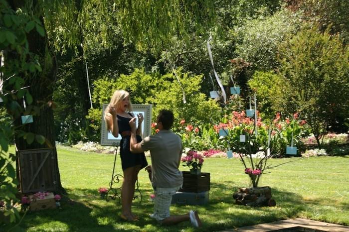 Heiratsantrag-Ideen-in-dem-Garten