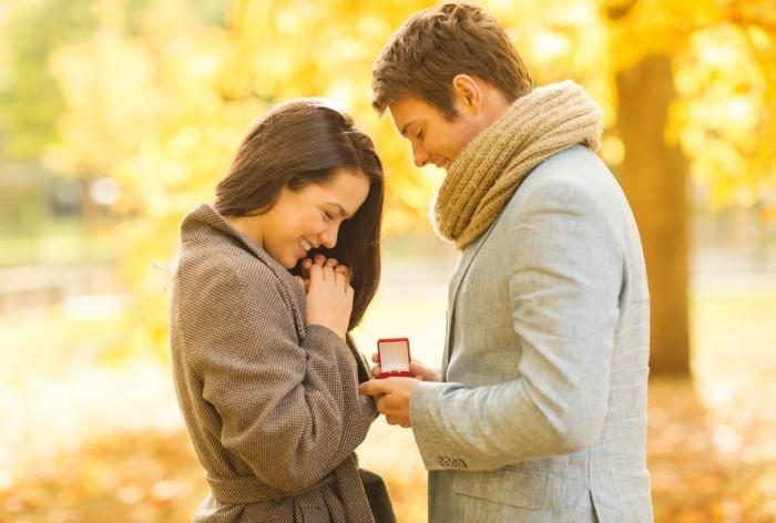 Ideen-für-Heiratsantrag-im-Herbst