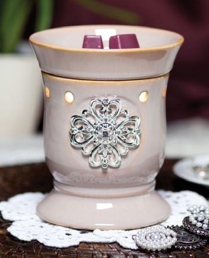 Kerzenhalter-aus-Porzellan-für-Deko-Kerzen