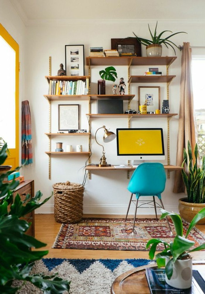 Kompaktes-Regalsystem-zum-Kinderzimmer-mit-Schreibtisch