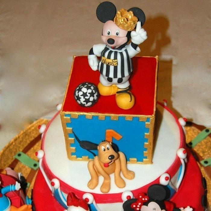 Kuchen-für-Kindergeburtstag-mit-Disney-Helden
