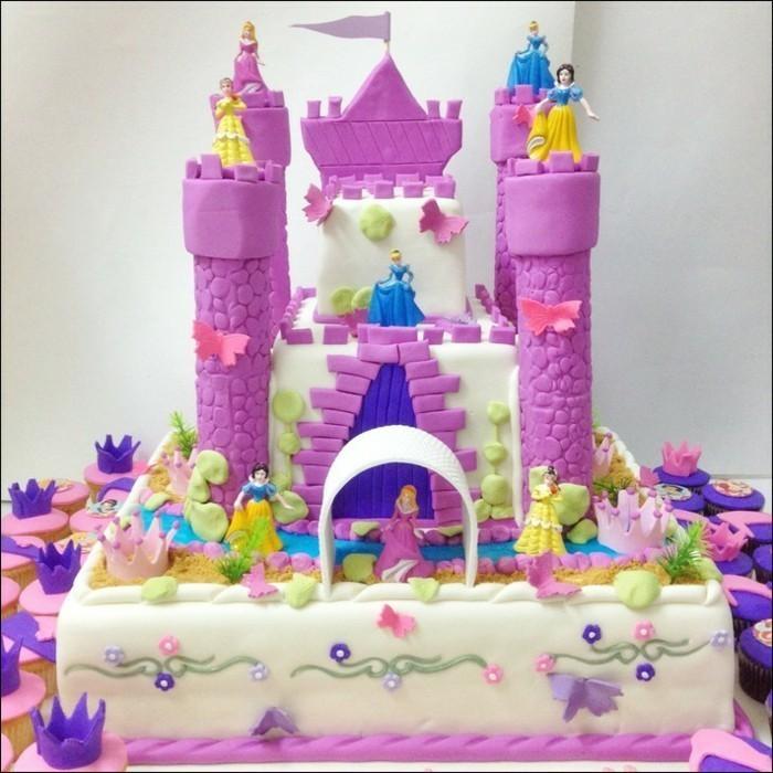 Kuchen-für-Kindergeburtstag-mit-Disney-Prinzessinnen